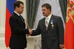 Дмитрий Медведев вручил орден Геннадию Бабкину